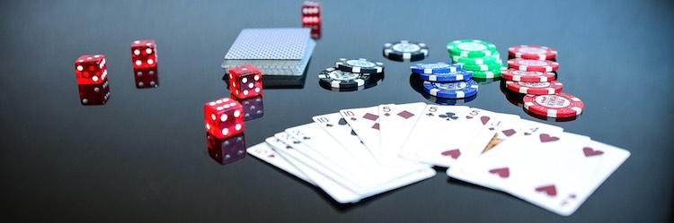 Spela casino på peli